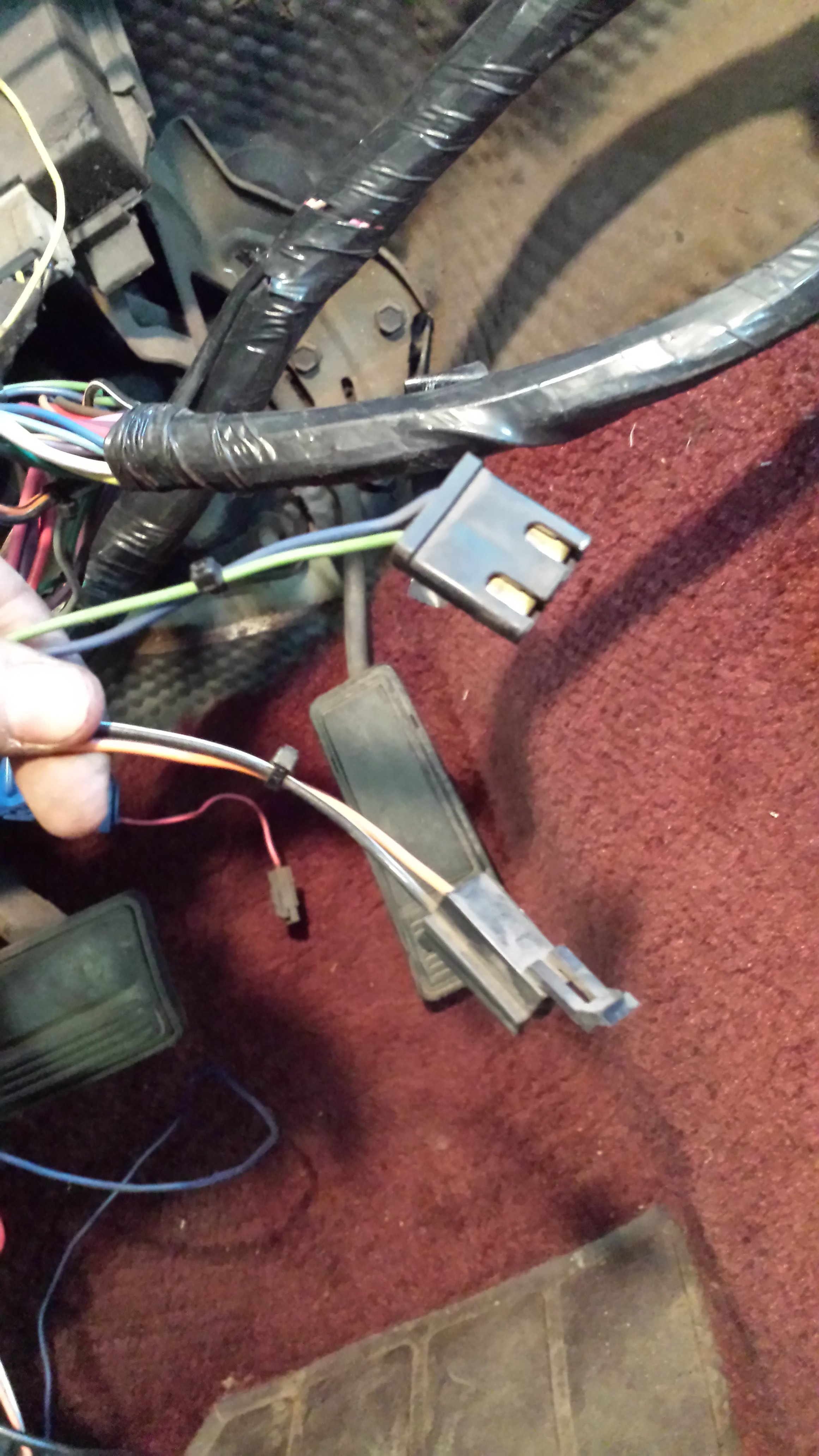 Mysterious Wiring Connectors Gbodyforum 78 88 General 1987 Monte Carlo Ss Fuse Box 20160414 192222 49853