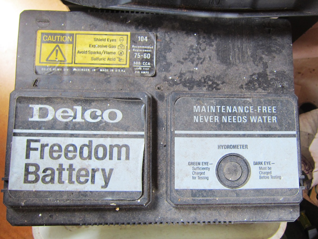 Delco Freedom Battery 85 Olds 442 Original.JPG