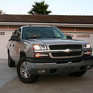 CaliWagon83's 2004 Chevy Avalanche Z71