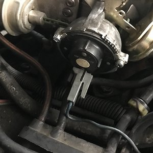 CaliWagon 83's Auto-Choke Wire